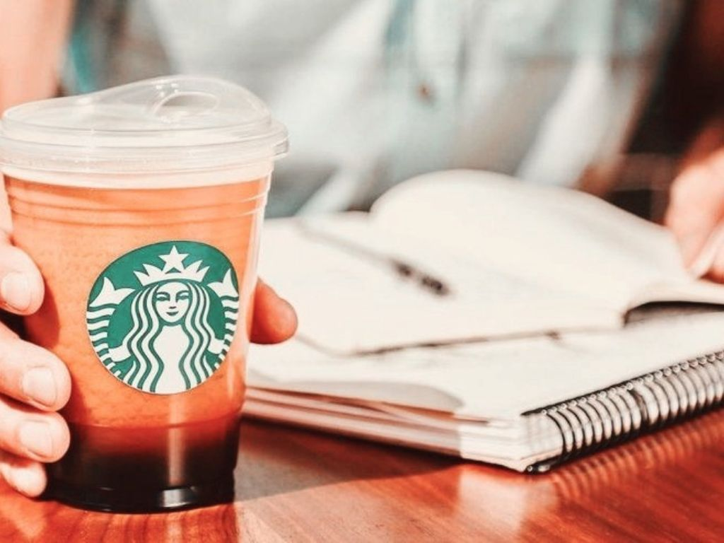 starbucks strawless lid might actually be less eco friendly than using a straw